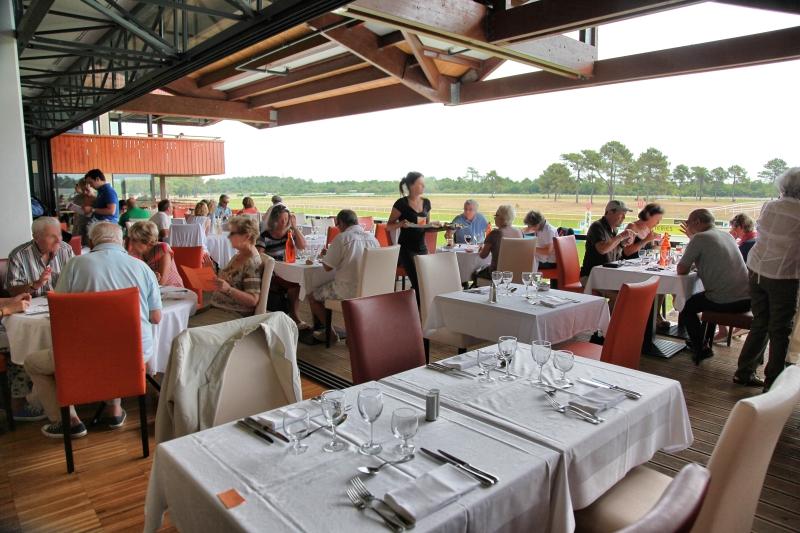 Restaurant - Hippodrome de la Teste de Buch